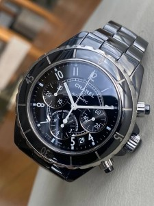 chanel-j12-black-ceramic-automatic-chronograph0