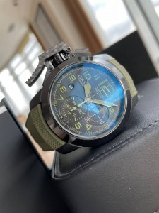 graham-chronofighter-oversize-amazonia0